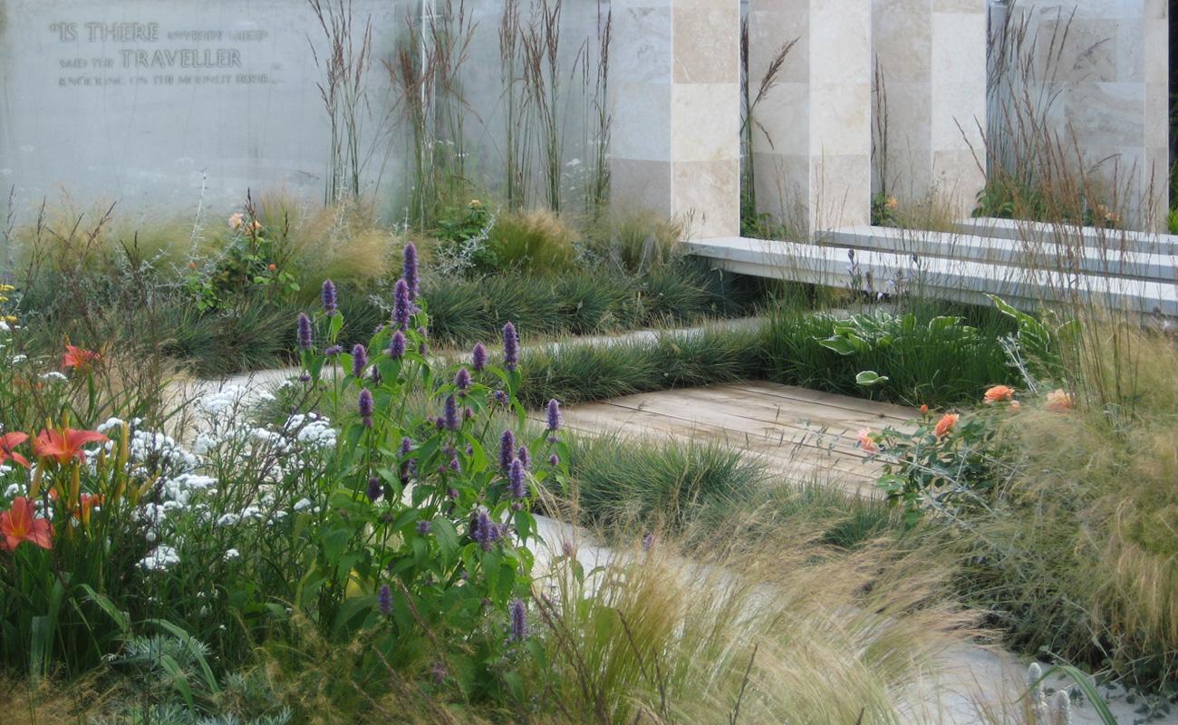 Amanda Patton Hampton Court modern garden design 3