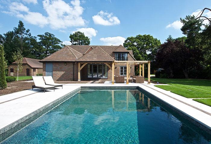 award-winning-swimming-pool